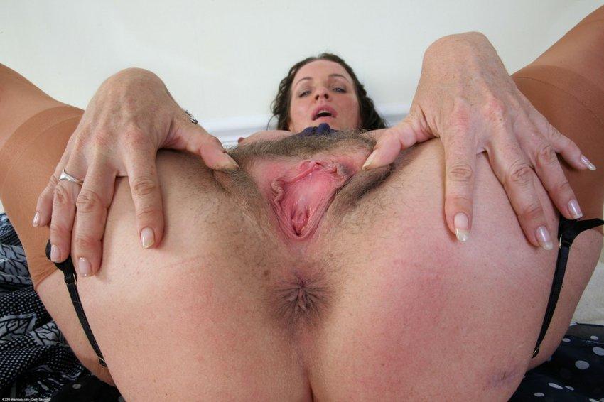 Wild women giving blowjobs