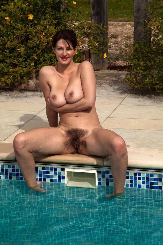 hairy by Mature the pool pussy